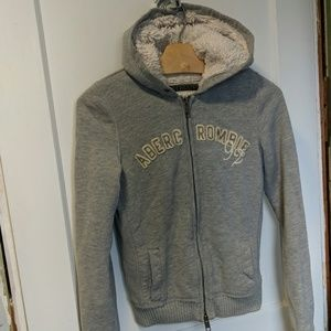 Abercrombie Sherpa hooded sweatshirt, M